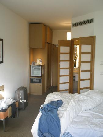 Novotel Casablanca City Center: habitacion amplia