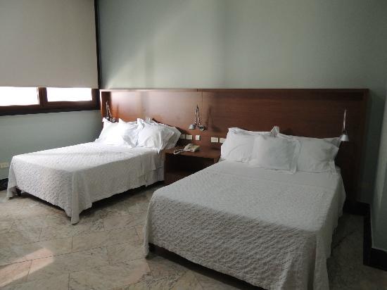 Aparthotel Torres de Alba: Dormitorio