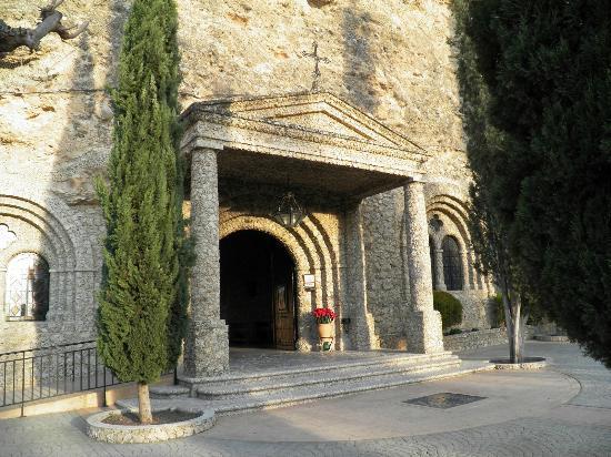 Hospederia Rural Constitucion: santuario virgen de la esperanza