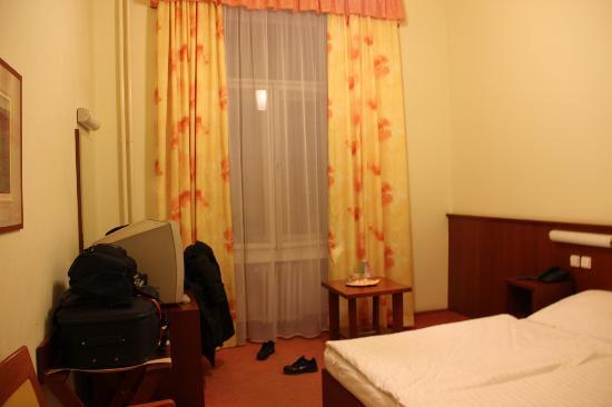 Hotel Atlantic: Habitación