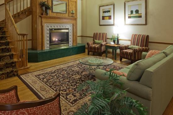 Country Inn & Suites by Radisson, Germantown, WI: CountryInn&Suites Germantown Lobby