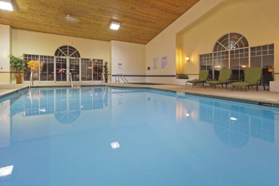 Country Inn & Suites By Carlson, Germantown: CountryInn&Suites Germantown Pool