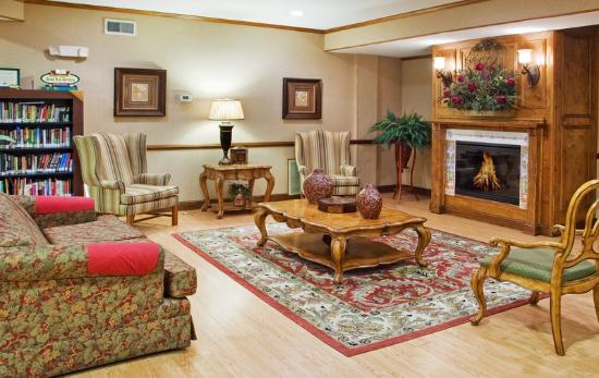 Country Inn & Suites By Carlson, Camp Springs (Andrews Air Force Base): CountryInn&Suites CampSprings Lobby