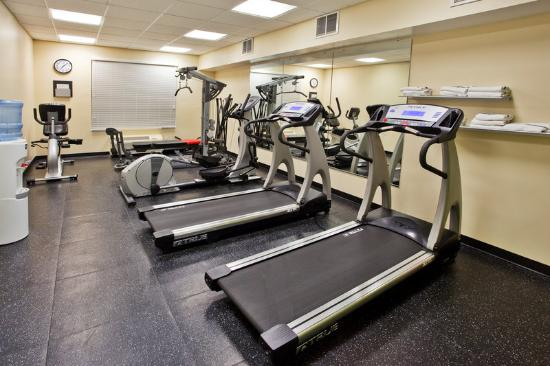 Country Inn & Suites By Carlson, Camp Springs (Andrews Air Force Base): CountryInn&Suites CampSprings FitnessRoom