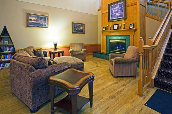 Country Inn & Suites By Carlson, Little Falls: CountryInn&Suites LittleFalls Lobby