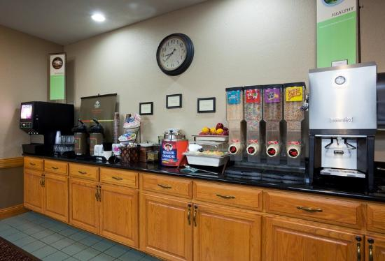 Country Inn & Suites By Carlson, Little Falls: CountryInn&Suites LittleFalls BreakfastRoom