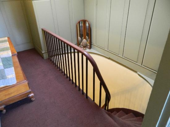 The Percy Inn: Top of the stairs to Walt Whitman
