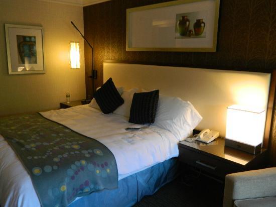 Radisson Hotel Corning: Radisson Hotel Room