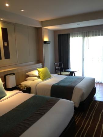 Phuket Marriott Resort & Spa, Merlin Beach: deluxe room