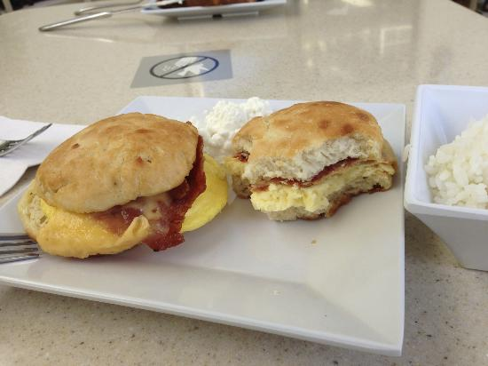 Hyatt Place Waikiki Beach: This is not breakfast