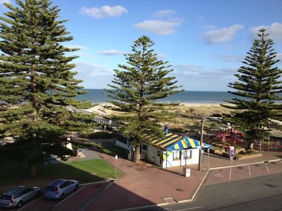 Largs Pier Hotel - Motel: view of ocean from room 9