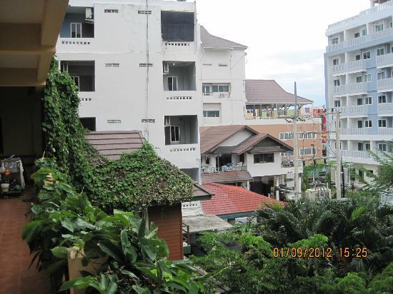 Opey de Place Hotel: Sutus Court Nachbarhotel