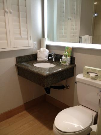 PB Surf Beachside Inn: clean, updated amenities.