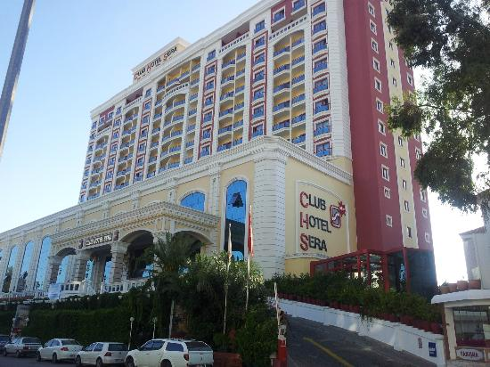 Club Hotel Sera: Exterior