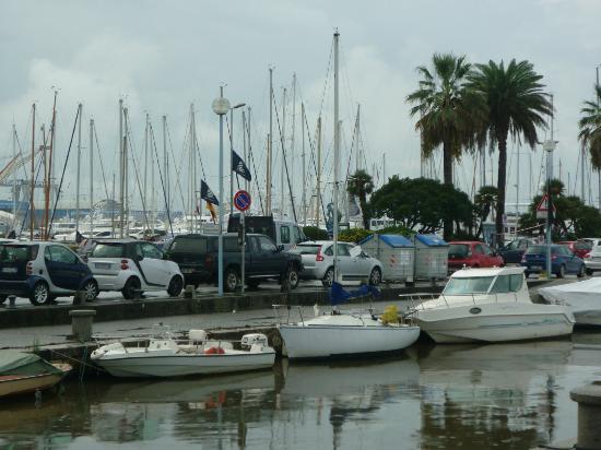Hotel President: the shipyard - Viareggio