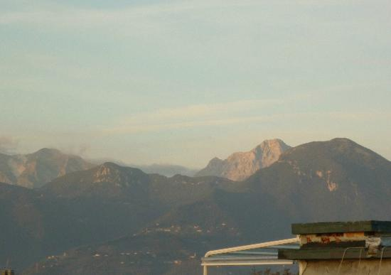Hotel President: a small view or the Apuan Alps