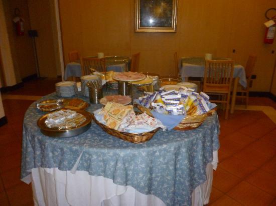Casa Sant'Andrea: banco della colazione