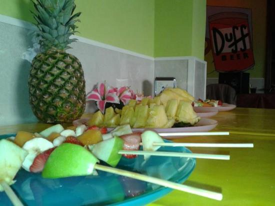 La Taverna di Boe: Piña Colada Party!
