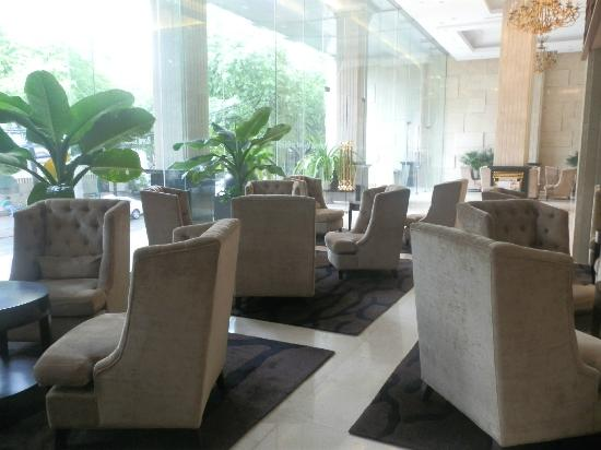 Paragon Saigon Hotel: lobby area