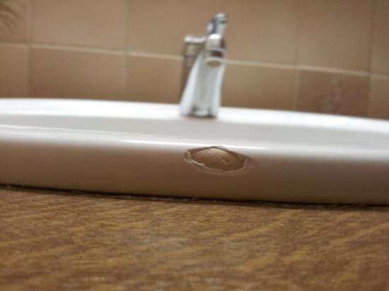 Bären Hotel: Waschbecken