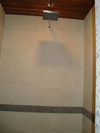 Casali Santa Brigida: Doccia suite Tramonto