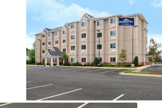 Photo of Microtel Inn & Suites by Wyndham Tuscaloosa Near University