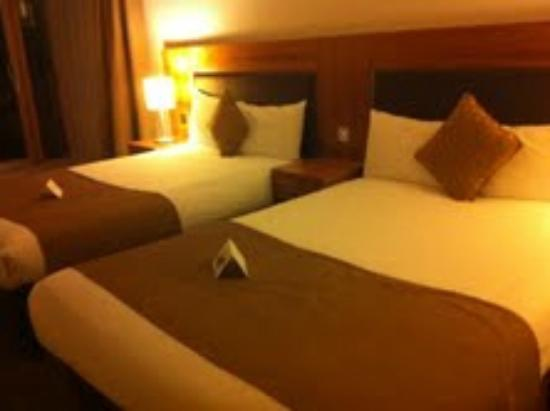 Maldron Hotel Smithfield: 2 double beds