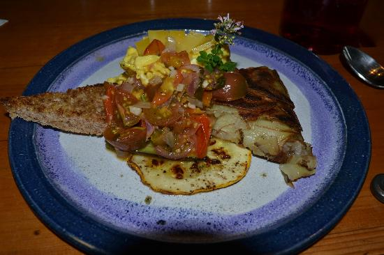 Bluefish Bed & Breakfast: That's part of the first breakfast at Bluefish B&B