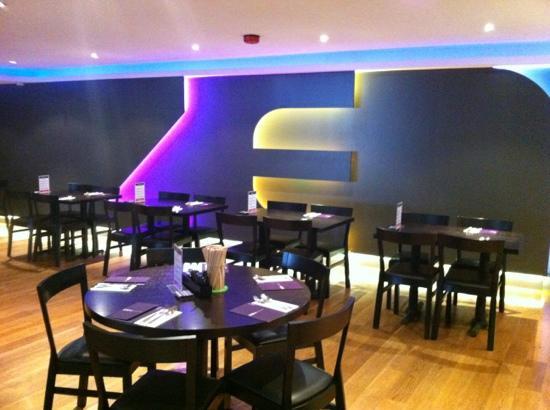Zen Noodle Bar: new dinning area