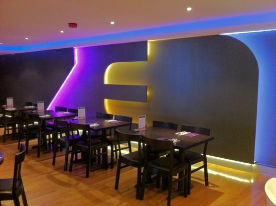 Zen Noodle Bar: new dining area