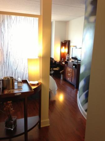 Hotel Indigo Jacksonville Deerwood Park: Entry