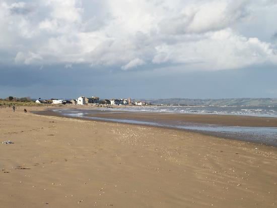 Romney Sands Holiday Park - Park Resorts: Romney beach