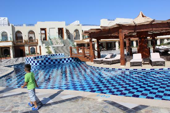 pool picture of sunrise grand select arabian beach resort sharm el sheikh tripadvisor. Black Bedroom Furniture Sets. Home Design Ideas