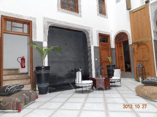 Riad Layla: sitting area