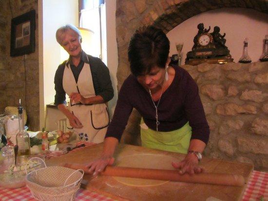Fattorie di Montechiaro:                   gotta work the dough