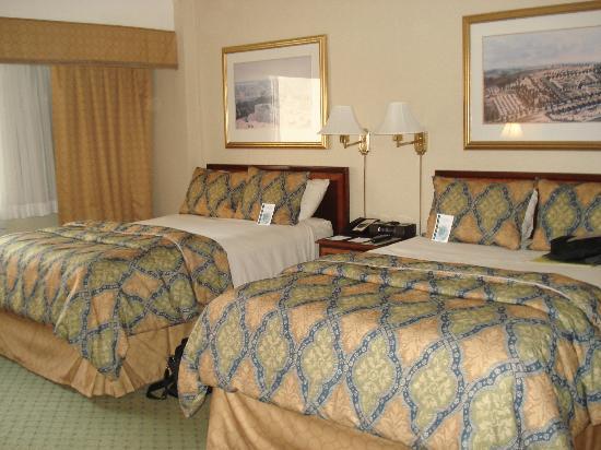 University Inn Washington DC: Bedroom