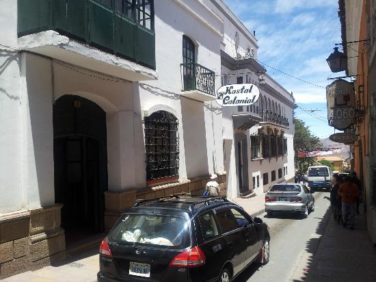La via centrale in cui è situato l'Hostal Colonial
