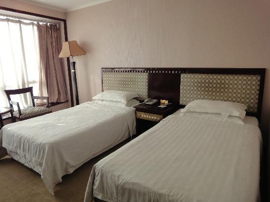 Jing'an Peony Plaza: beds