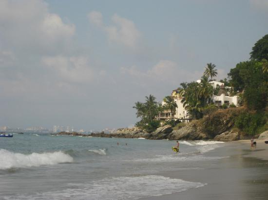 Hyatt Ziva Puerto Vallarta: beach at Banderas bay