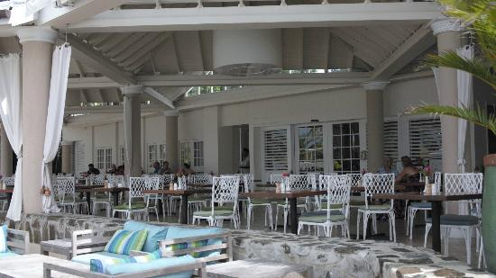 Rendezvous Resort: Dining area