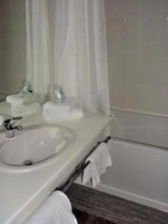 Le Relais St Jean : Bathroom