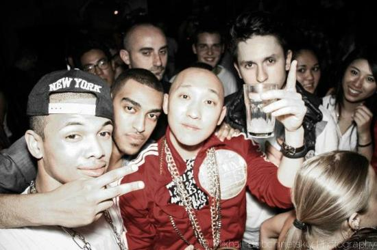 M1 Lounge Bar & Club : Far East Movement