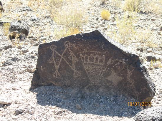 Petroglyph National Monument: drawings on a rock