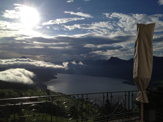 Hotel Villa Honegg : Terrace overlooking lake of Lucerne