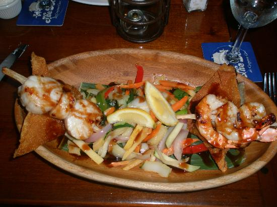 Cove Inn on Naples Bay: Sea food plate from the Dock - delicious