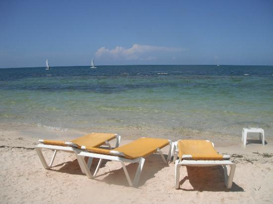 Iberostar Rose Hall Beach Hotel: Beach