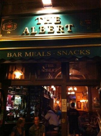The Albert Pub: view from the front door of the bar