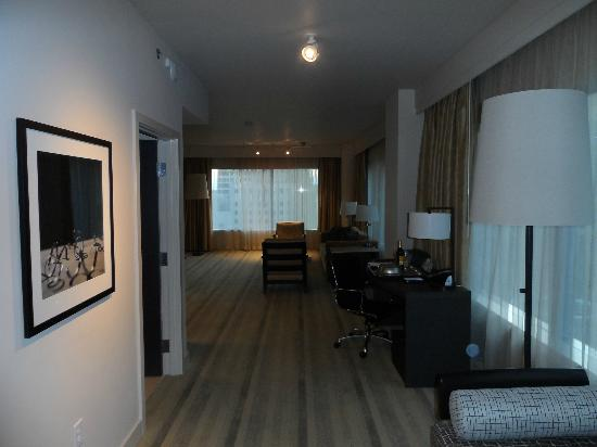 Hyatt At Olive 8: Luxury King Suite - Parlor