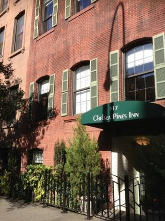 Chelsea Pines Inn