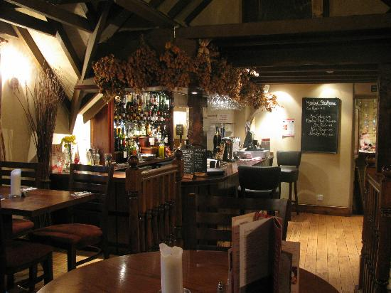 Meadow Inn & Steakhouse: The Meadow bar